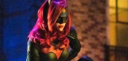 Sam Littlefield (The Leftlovers) rejoint la série de la CW Batwoman