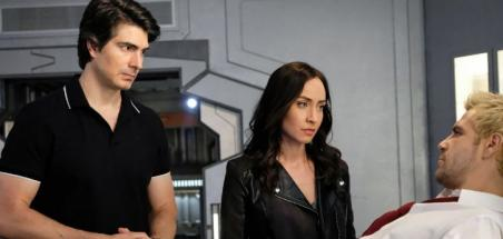 Brandon Routh et Courtney Ford quittent Legends of Tomorrow