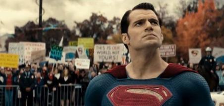 Henry Cavill s'exprime sur les rumeurs autour de Superman
