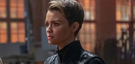 Ruby Rose réagit au nouveau casting de Batwoman