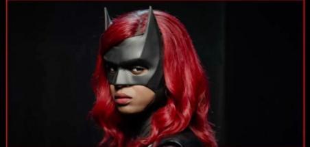 Première image de Javicia Leslie sous le costume de Batwoman