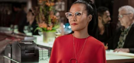 Ali Wong au casting de Paper Girls en tant qu'Erin adulte