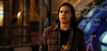 Carlos Valdes explique son départ de la série Flash