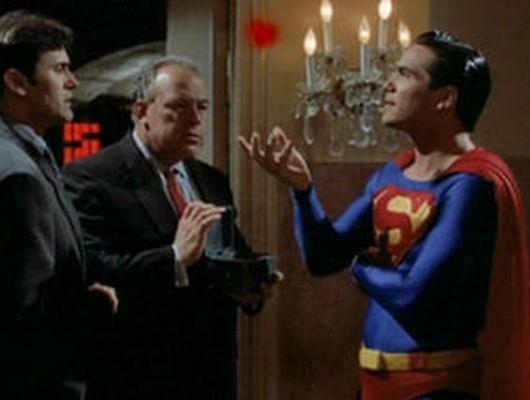 Superman sur le divan